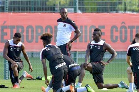 Mario Balotelli (OGC Nice) - Patrick Vieira (entraineur de l OGC Nice) FOOTBALL : OGC Nice - Mario Balotelli � l entrainement - Nice - 14/08/2018 NorbertScanella/Panoramic.