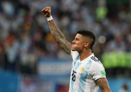 26 June 2018, Russia, Moscow: Soccer, World Cup 2018, Preliminary round, Group D, 3rd game day, Nigeria vs Argentina at the St. Petersburg Stadium: Argentina's Marcos Rojo…